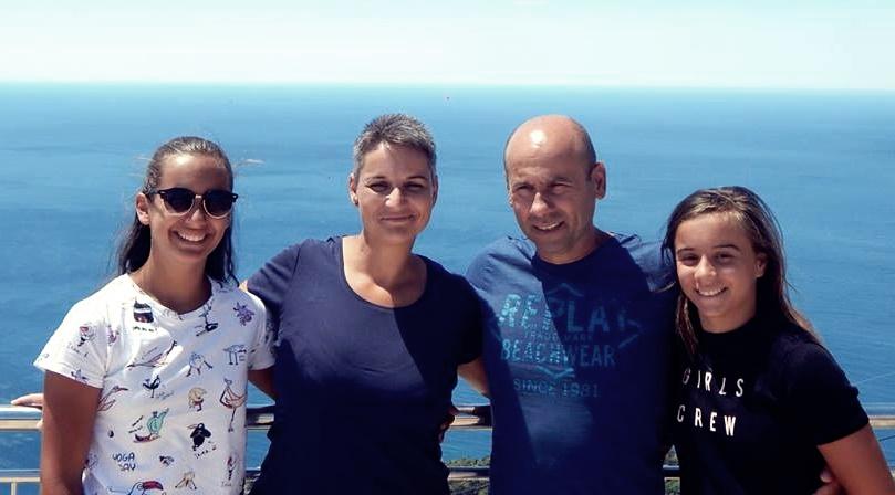 A Siber család is búcsúzik az Astrától